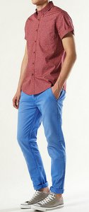 bright skinny pants red shirt