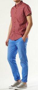 bright skinny pants red shirt