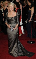 hourglass figure helen mirren